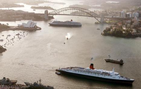 Queen Victoria and Queen Elizabeth II, Sydney Harbour