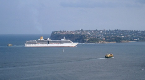 Arcadia Entering Sydney Harbour