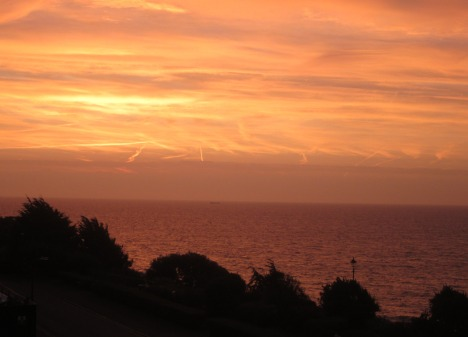 October sunrise, Felixstowe