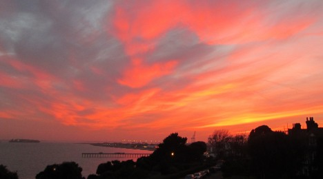 Home sweet home - Felixstowe sunset