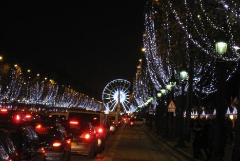 6 Paris Christmas market Champs