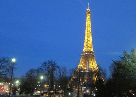 L'heure bleue, the blue hour, Paris