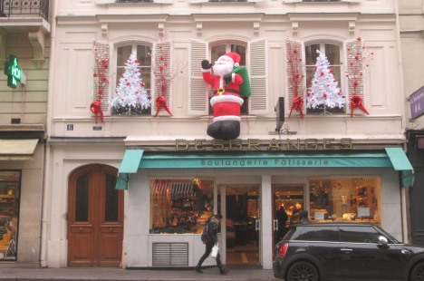 Santa at the boulangerie, Paris
