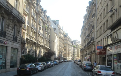 August rush hour, Paris